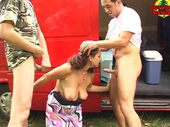 Mature outdoor double blowjob