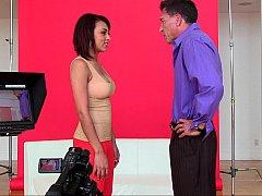 Teenager Latina stripping