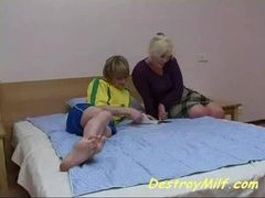 Brat fucks his dead beat friends mom in say no to bedroom