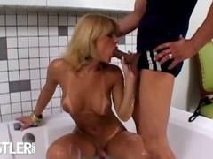 Dispirited tranny Carla Renata playing in make an issue of bathtub