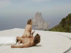 hot art yoga in the sky