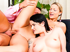Mommy And Daddy Are Fucking My Allies Vol 09