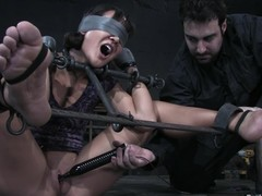 Jandi Lin gets blindfolded dual not far from toyed hard not far from big dildo