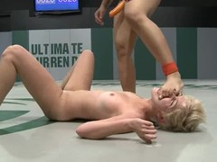 DragonLily fingers and toys Chloe Camilla's snatch on tatami