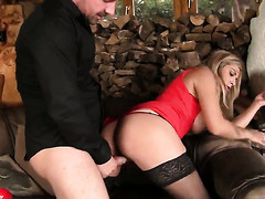 Klarisa Leone moves her mouth the germane way to