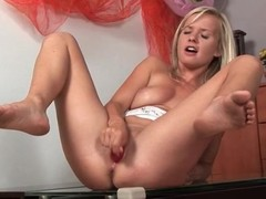 Blonde masturbating together with pissing in solo porn